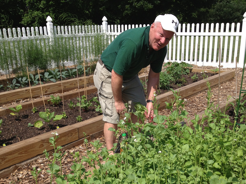 Dan gardening_2013