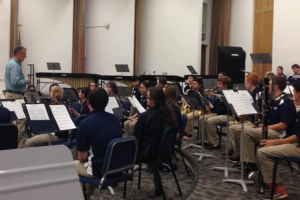 Dr. Stephen Peterson leads Saint Viator band members in a rehearsal clinic